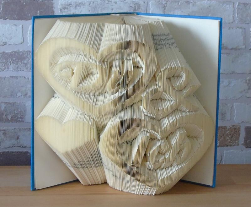 Kleinesbild - gefaltetes Buch - Du & Ich // Bookfolding // Buchkunst // Geschenk // Dekoration // Buchfalten // Freundschaft // Valentinstag