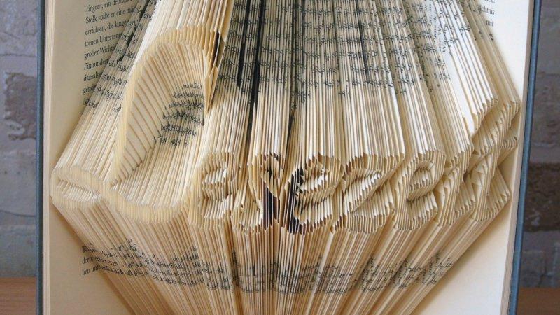 Kleinesbild - gefaltetes Buch - Lesezeit // Buchkunst // Bookfolding // Dekoration // Geschenk // Buchliebhaber // Lesen