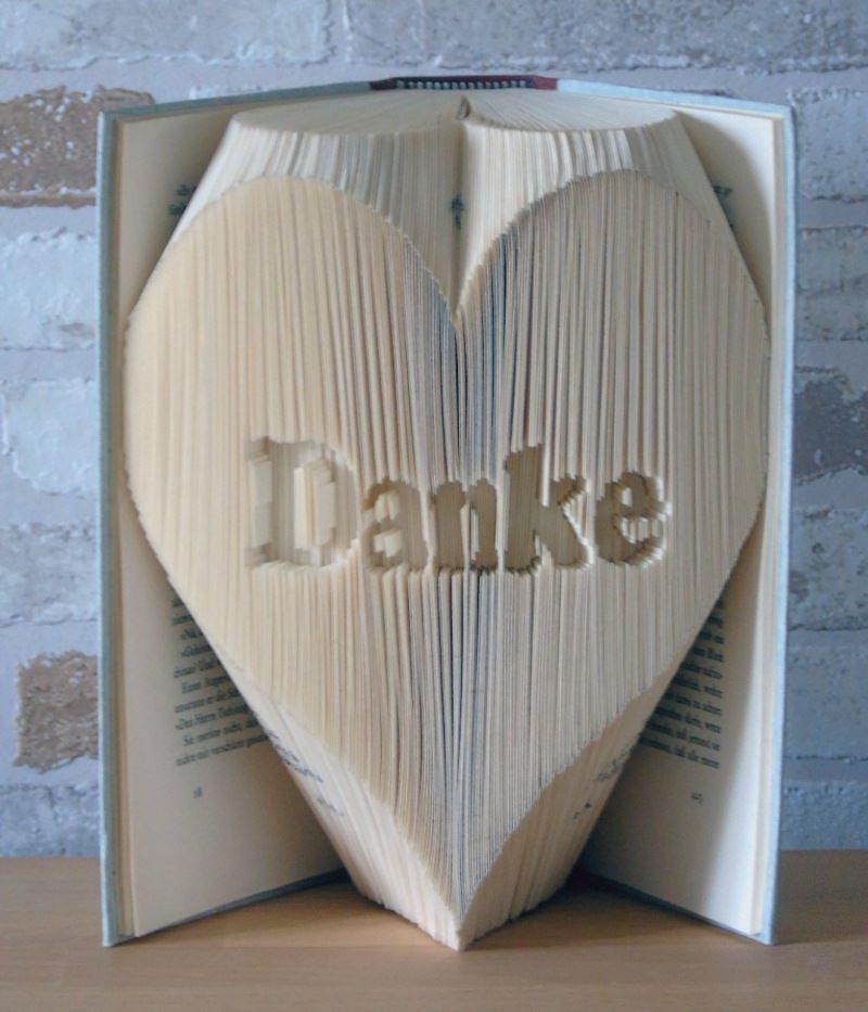 Kleinesbild - gefaltetes Buch - Danke in Herz // Buchkunst // Bookfolding // Geschenk // Dekoration // Muttertag // Valentinstag