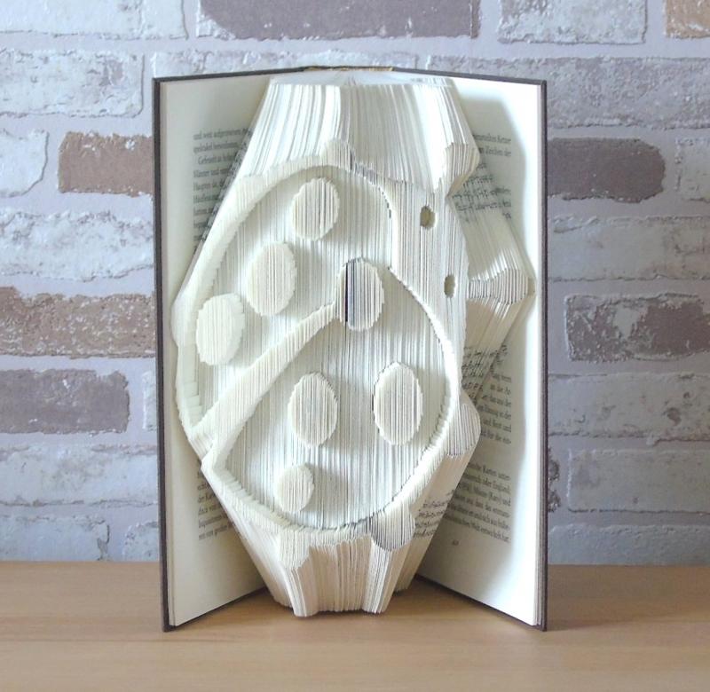 Kleinesbild - gefaltetes Buch - Marienkäfer // Buchkunst // Bookfolding // Dekoration // Geschenk // Freundschaft // Glück