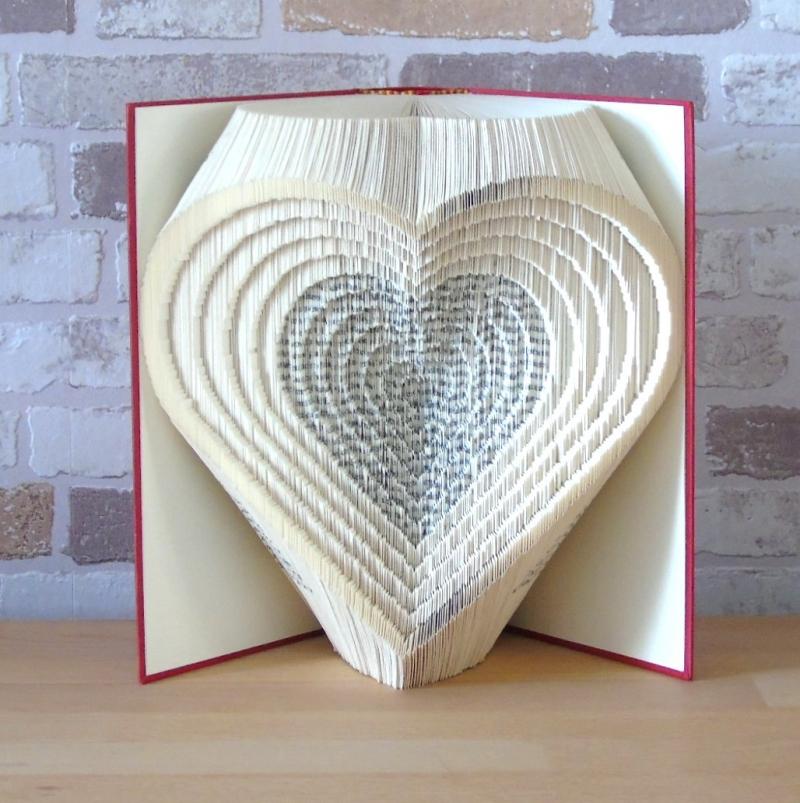 Kleinesbild - gefaltetes Buch - Herzen 3D // Buchkunst // Bookfolding // Liebe // Hochzeit // Valentinstag // Muttertag