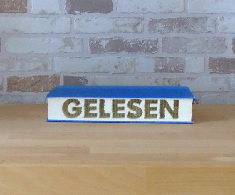 Kleinesbild - gefaltetes Buch - Gelesen // Buchkunst // Bookfolding // Buchfalten // Dekoration // Geschenk // Leseratte