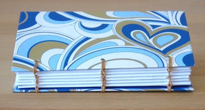 Kleinesbild - Notizbuch A7 - Ornamente blau weiß Gold // koptische Bindung // handgebunden // Blankobuch // Geschenk // Kladde