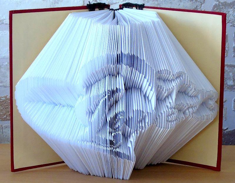 Kleinesbild - gefaltetes Buch - Herz mit Love in einem handgebundenen Notizbuch // Buchkunst // Geschenk // Muttertag // Valentinstag // Geburtstag