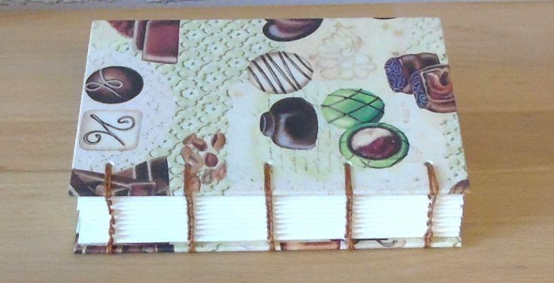 Kleinesbild - Notizbuch A6 - Pralinen // Tagebuch // Schokolade // Geschenk // Diary // Skizzenbuch // Kladde // Erinnerung