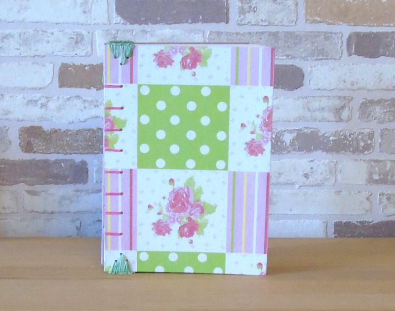 Kleinesbild - Notizbuch A5 - Rose Punkte rosa grün // Tagebuch // Skizzenbuch // Diary // Geschenk // Erinnerungen // blanko