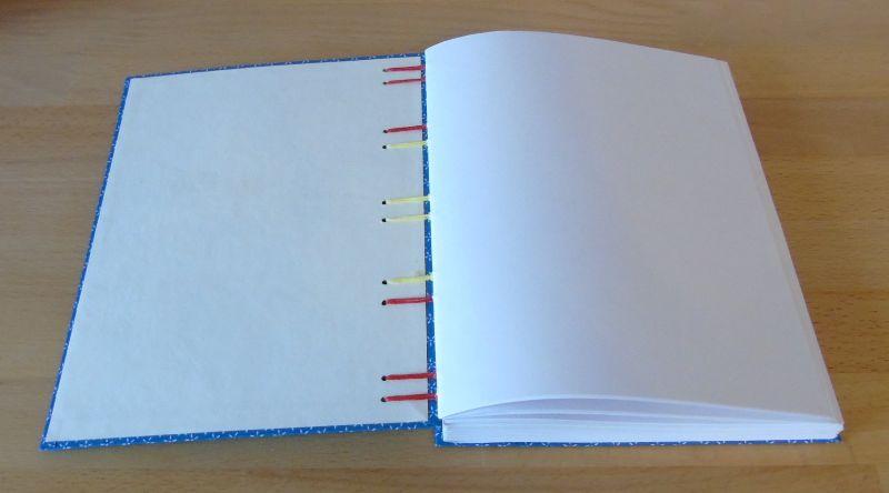 Kleinesbild - Notizbuch A5 - blau mit Blümchen // Tagebuch // Journal // blanko // Skzzenbuch // Geschenk