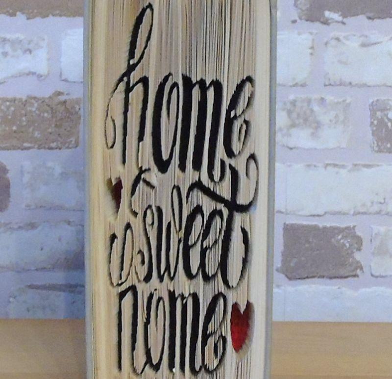 Kleinesbild - gefaltetes Buch - Home Sweet Home mit Herzchen // Buchkunst // Dekoration // Einzug // neues Zuhause // Geschenk