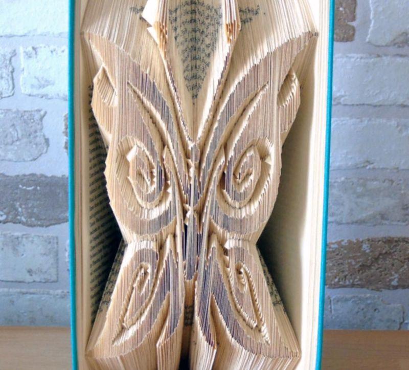 Kleinesbild - gefaltets Buch - Schmetterling // Buchkunst // Bookfolding // Geschenk // Dekorattion // Freundschaft // Natur