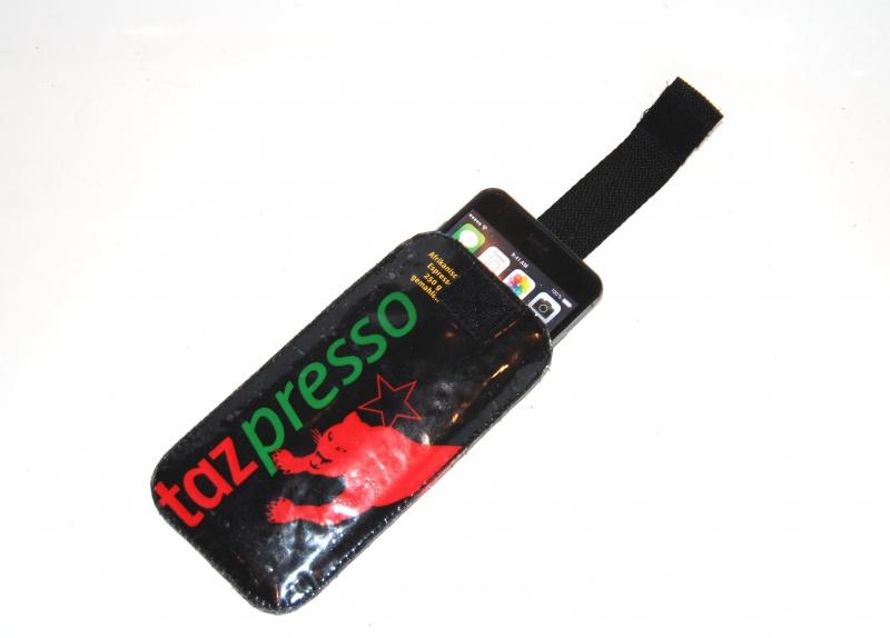 Kleinesbild - upcycling Handysleeve XL Tazpresso