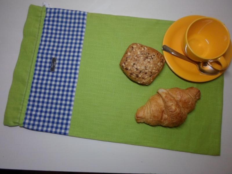 - Brotbeutel *de luxe* Leinen grün/ blau kariert von friess-design mit Baumwollkordel  - Brotbeutel *de luxe* Leinen grün/ blau kariert von friess-design mit Baumwollkordel