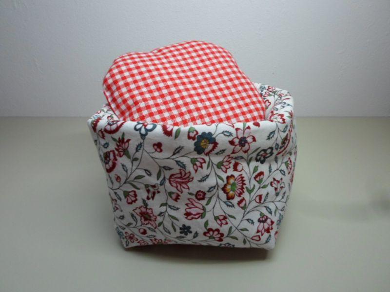 Kleinesbild - Eierkörbchen/ Eierwärmer *Fiori* Baumwolle mit Deckel nach Wahl von friess-design