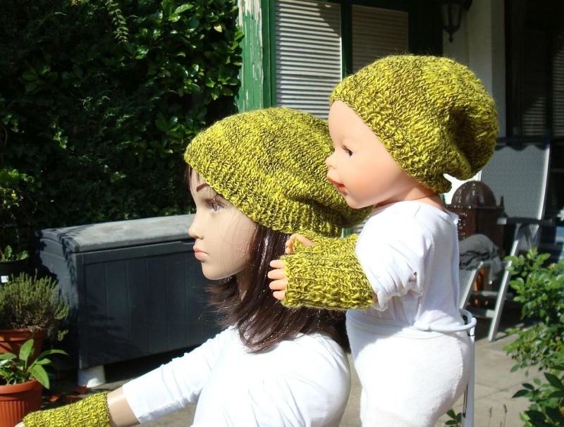 Kleinesbild - handgestrickte Beanie und Pulswärmer für Kind und Puppe