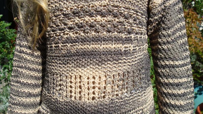 Kleinesbild - gestrickter brauner Baumwollpullover im Camouflage-Muster, Gr. 104