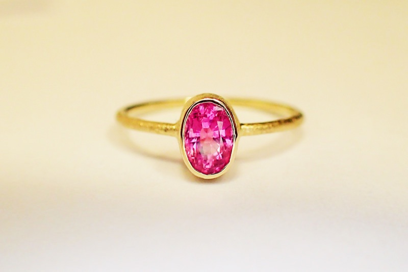 - ring in 585 GOLD pink SPINELL verlobungsring in handarbeit - ring in 585 GOLD pink SPINELL verlobungsring in handarbeit