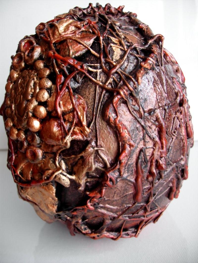 Kleinesbild - Skulptur COCOONED Steampunk-Minds Gothic Viktorianisch Vintage Mystisch Dekoei Kreuz Gemme Handarbeit Keramikei