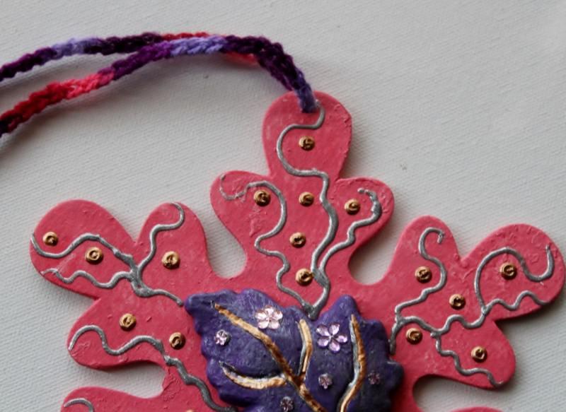 Kleinesbild - Collage ROSA HERBSTZAUBER Wandbild  Wanddeko Herbstdeko Schneeflocke Wandhänger Türdeko Anhänger Handarbeit rosa Bild
