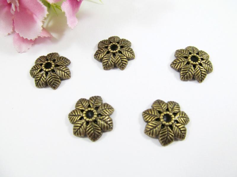 - 10 Perlenkappen 15mm, in Blätterform, Farbe bronze - 10 Perlenkappen 15mm, in Blätterform, Farbe bronze