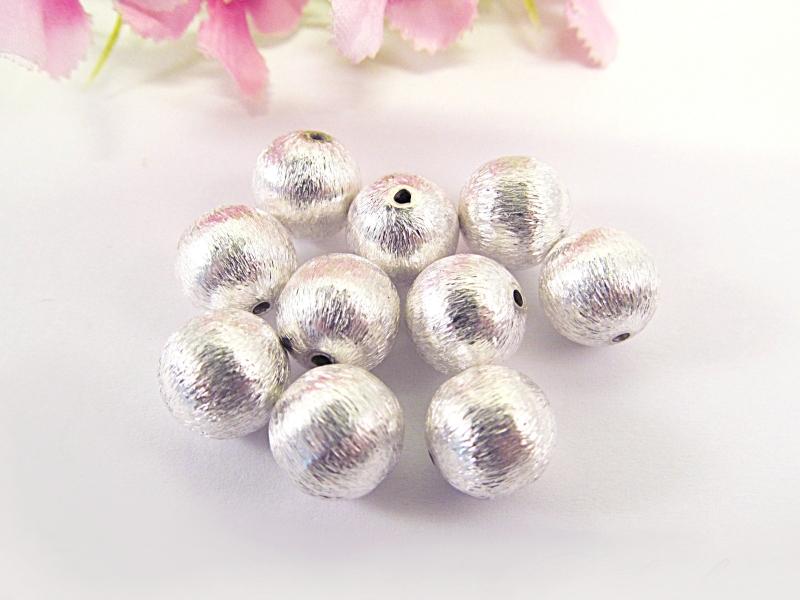 - 5 Metallperlen 12 mm, versilbert, gebürstet - 5 Metallperlen 12 mm, versilbert, gebürstet