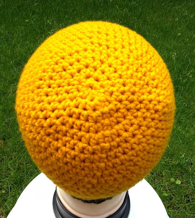 Kleinesbild - Häkelmütze mit Strickbündchen in gelb und anthrazit, unisex