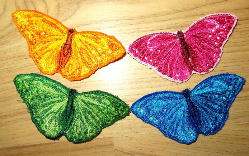 - Applikation Stickbild Bügelflicken Aufnäher Bügelbild Hosenflicken Knieflicken Verzierung Schmetterling Butterfly Farbwahl 9cm  - Applikation Stickbild Bügelflicken Aufnäher Bügelbild Hosenflicken Knieflicken Verzierung Schmetterling Butterfly Farbwahl 9cm
