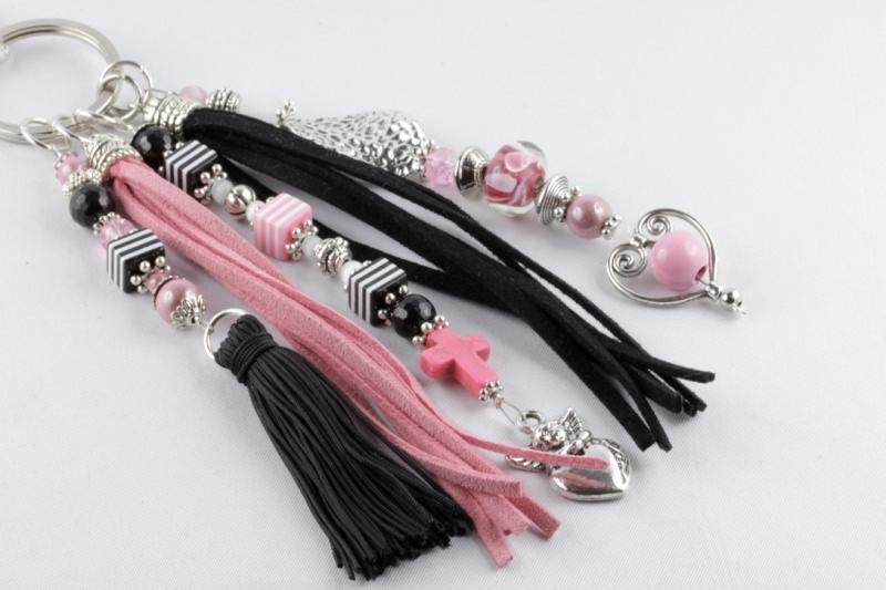 - Taschenbaumler Anhänger für die Handtasche in schwarz-rosa-silbern - Taschenbaumler Anhänger für die Handtasche in schwarz-rosa-silbern