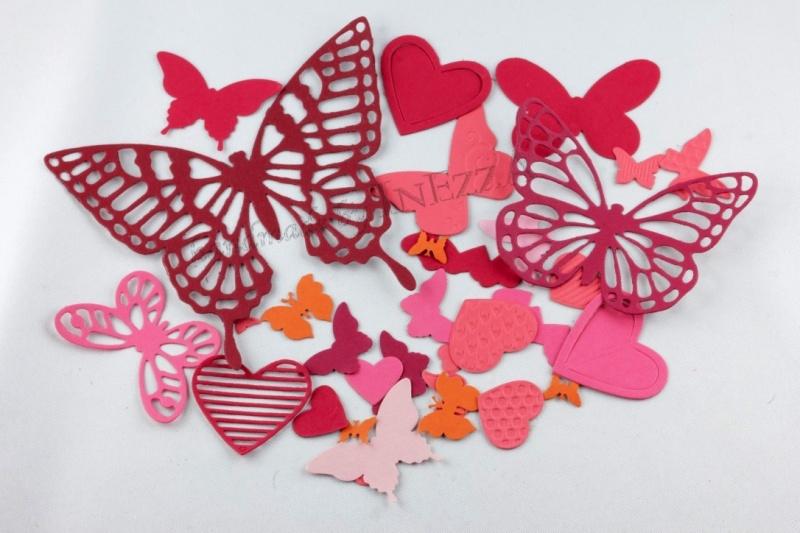 - 30 Stanzteile Schmetterlinge Herzen Farb-Mix rot-orange-rosa Farbkarton - 30 Stanzteile Schmetterlinge Herzen Farb-Mix rot-orange-rosa Farbkarton