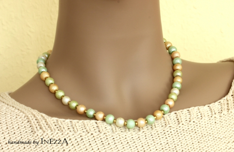 - Sommerliche Perlenkette aus Krepp-Perlen pastellfarben  - Sommerliche Perlenkette aus Krepp-Perlen pastellfarben