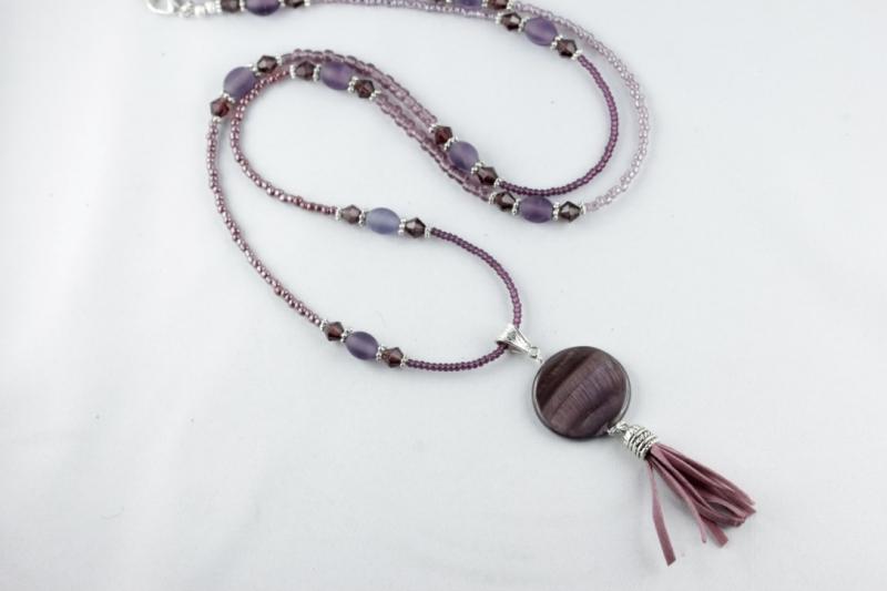 Kleinesbild - Lange Kette mit Quaste großer Scheibenperle in lila violett amethystfarben