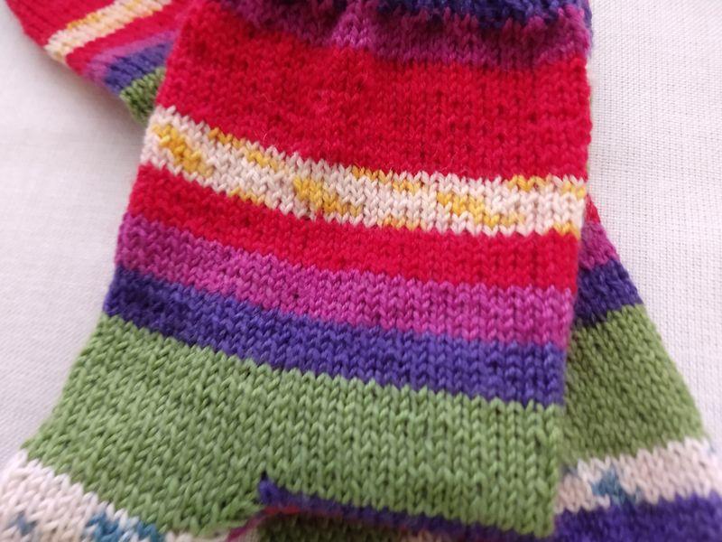Kleinesbild - Handgestrickte Socken Gr. 36/37