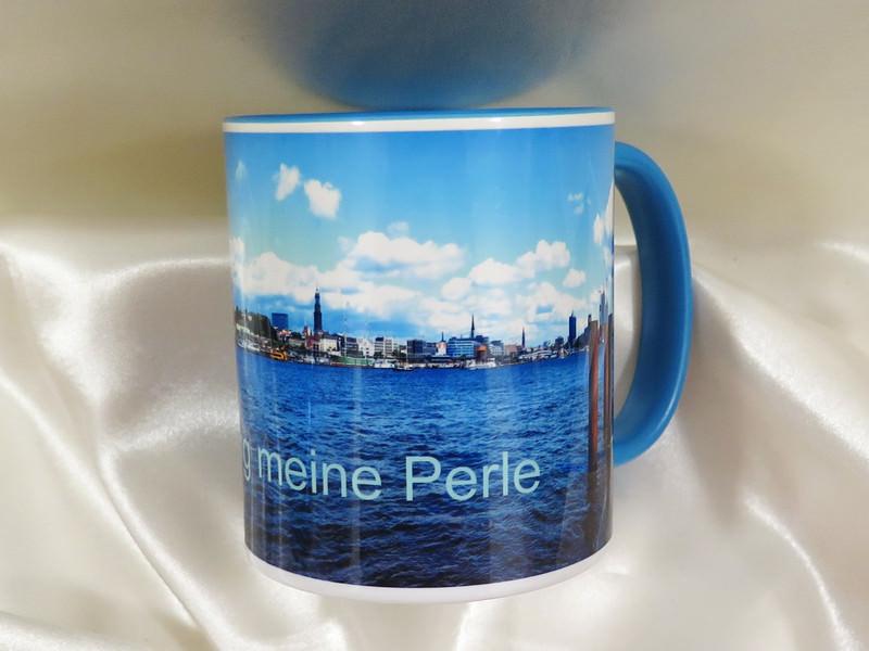 Kleinesbild - Kaffee-Becher mit der Hafenskyline Hamburg und  den Aufdruck