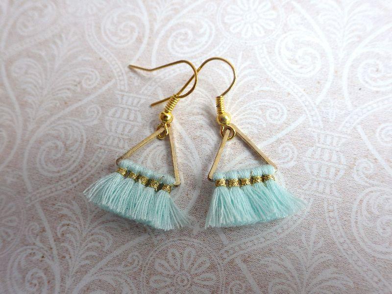Kleinesbild - Statement Ohrringe mint Triangel - goldfarbene Ohrhänger mit geometrischen Metall Anhänger