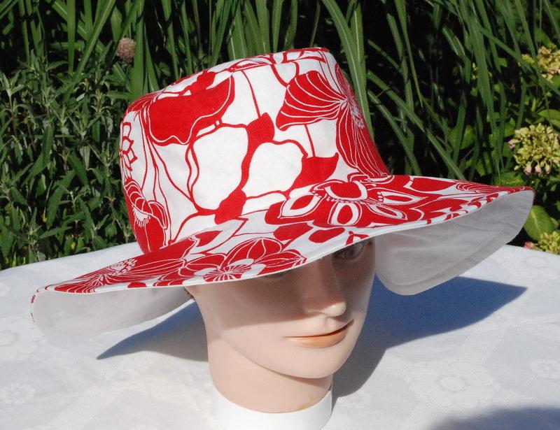 - Sonnenhut für Damen rot-weiß - Sonnenhut für Damen rot-weiß