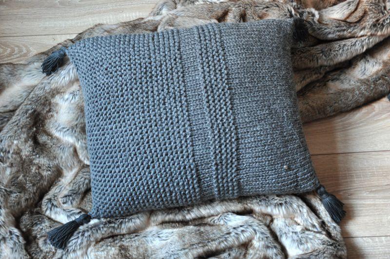 Kleinesbild - Strickkissen   Pillow : Love deposit rose