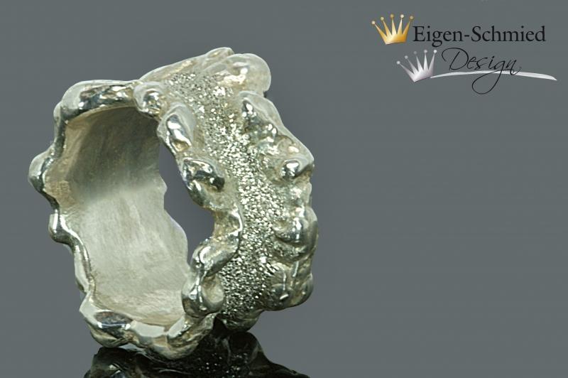 Kleinesbild - Goldschmiedering Silberring