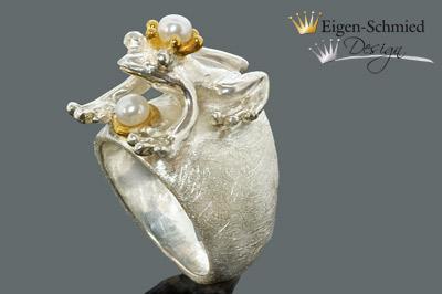 "Kleinesbild - Goldschmiede Froschring Silberring "" Froschkönig Paulchen "", Damenring, Sterling Silber, Perle, Perlenschmuck, Silberschmuck, Ring mit Frosch,"