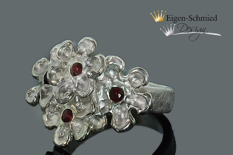 """Kleinesbild - Goldschmiede Blumenring, """" blooming flower """", Ring, Blume, Blumen, Goldschmiede Ring, Schmuck handmade, Silberschmuck, breiter Silberring"""