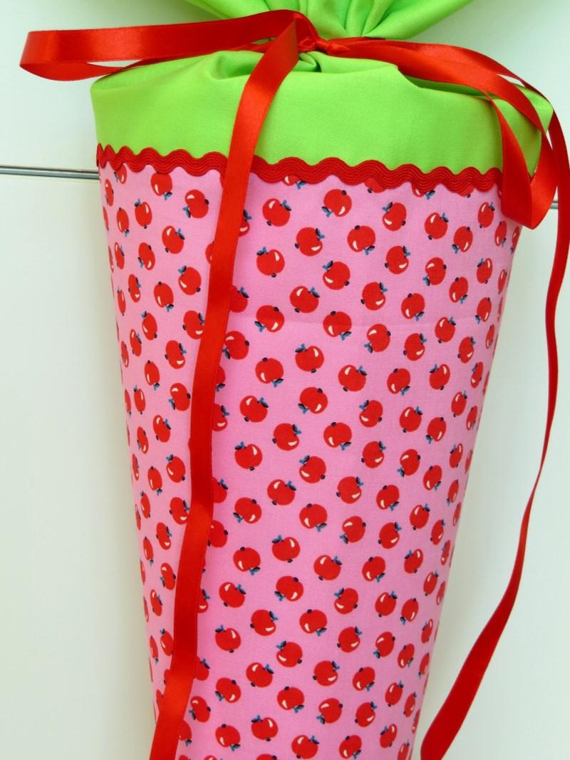 Kleinesbild - Schultüte aus Stoff mit süßen Äpfeln in rosa und hellgrün