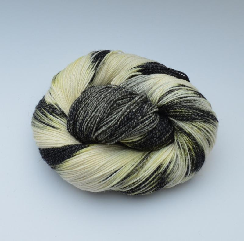 Kleinesbild - Merino Cotton (feine Merinowolle mit Baumwolle) - handgefärbt - LL 400 Meter/100 gramm - Color No. 20