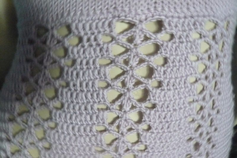 Kleinesbild - Süßes zartlila  handgestricktes und gehäkeltes Kleid in Größe 34/36