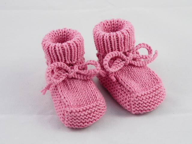 - rosa Babyschuhe 0-3 Monate Booties aus Wolle von Hand gestrickt für kleine Mädchen - rosa Babyschuhe 0-3 Monate Booties aus Wolle von Hand gestrickt für kleine Mädchen