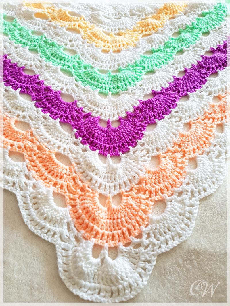 - Häkeltuch/Schultertuch sommerliche Farben mit Cashmere-Gefühl - Häkeltuch/Schultertuch sommerliche Farben mit Cashmere-Gefühl