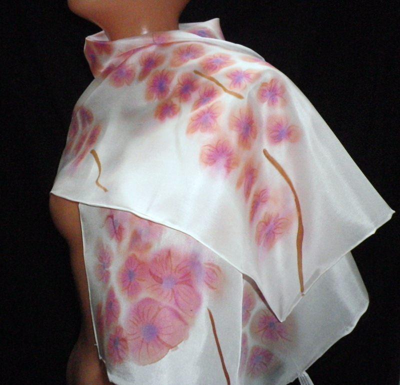 Kleinesbild - Handbemaltes Seidentuch Kirschblüten, Schal, geblümter Seidenschal, Seidentuch