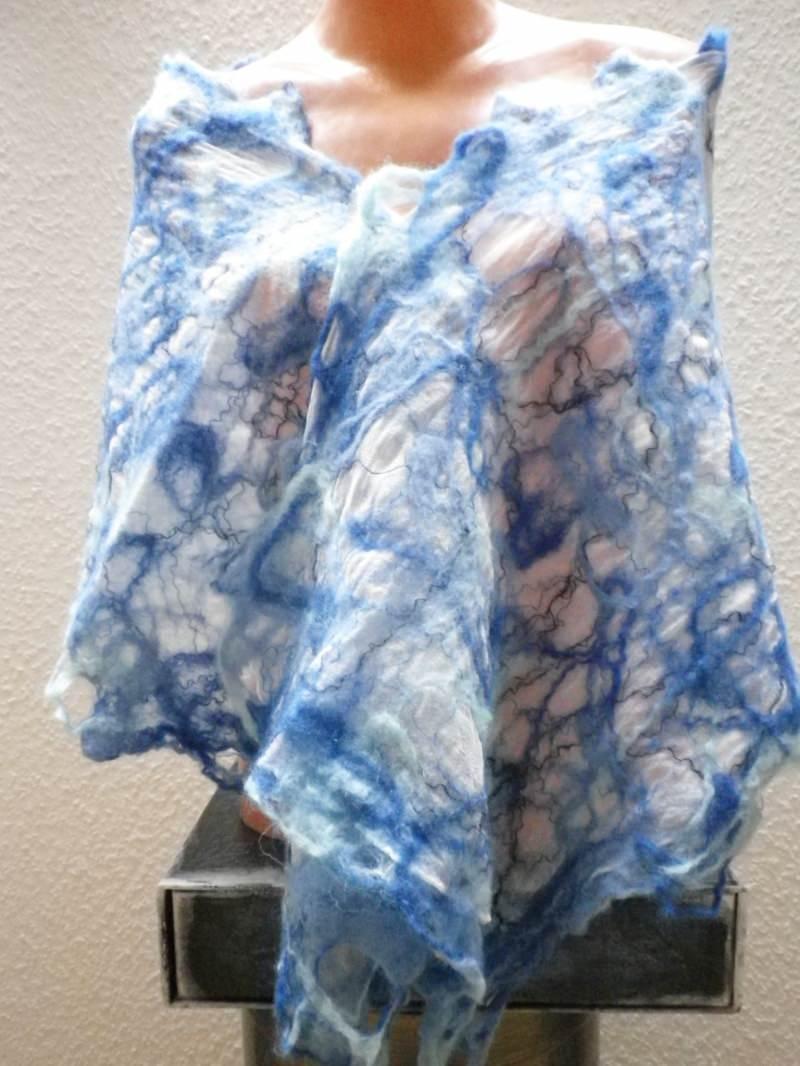 Kleinesbild - Nunofilzschal, Seidenschal, befilzter Schal, Chiffonschal, gefilzter Seidenschal in Blau