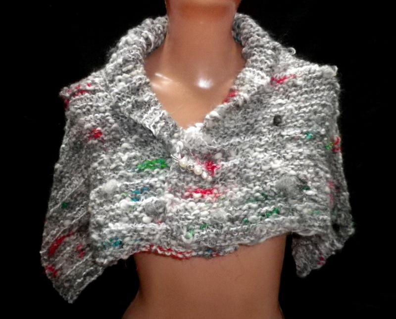 Kleinesbild - Handgestrickter Schal aus handgesponnener Wolle, Strickschal, Wollschal