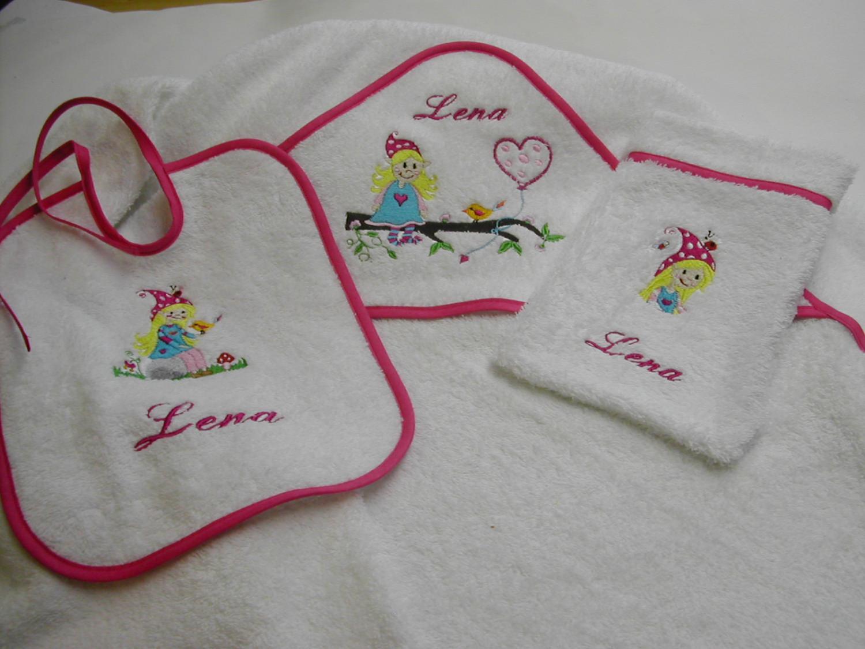 Kleinesbild - Lätzchen besticket kleine Elfe inkl. Namen weiß/pink