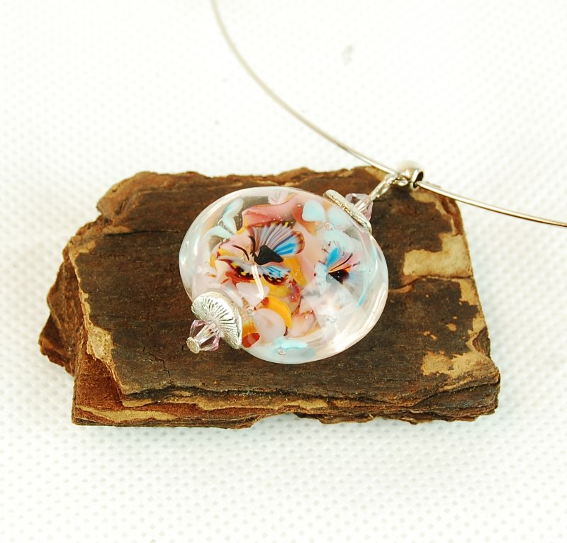 - Collier Kette mit Glasanhänger und eingeschlossenen Blumen - Collier Kette mit Glasanhänger und eingeschlossenen Blumen
