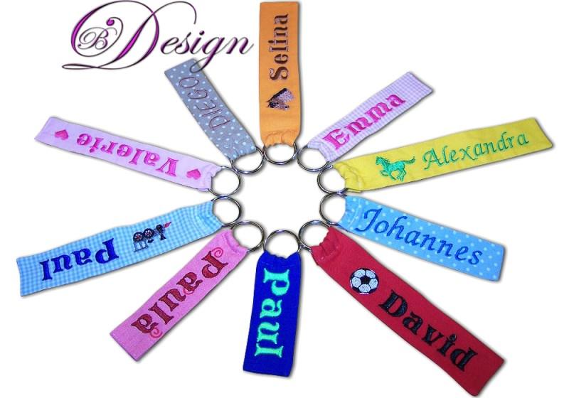-  ♥ Schlüsselanhänger/ Anhänger ♥ mit Namen bestickt ♥  -  ♥ Schlüsselanhänger/ Anhänger ♥ mit Namen bestickt ♥