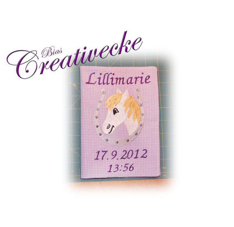 -   ♡ U-Heft Schutzumschlag mit Namen ♡ handgefertigt mit Stickerei   -   ♡ U-Heft Schutzumschlag mit Namen ♡ handgefertigt mit Stickerei