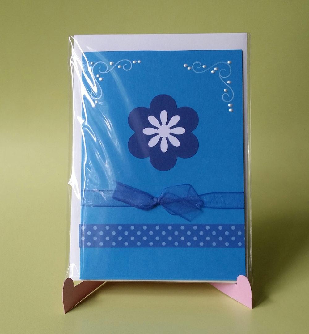 - Grußkarte mit Blume in blau - Grußkarte mit Blume in blau